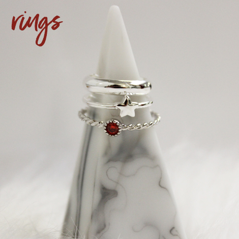 https://www.jewellerybox.co.uk/images/Rings.jpg