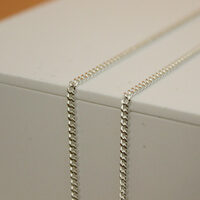An image showing the Heavy Chain Necklaces