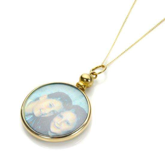 9ct Yellow Gold Picture Locket