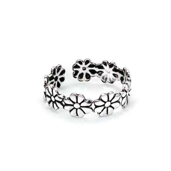Sterling Silver Daisy Flower Toe Ring
