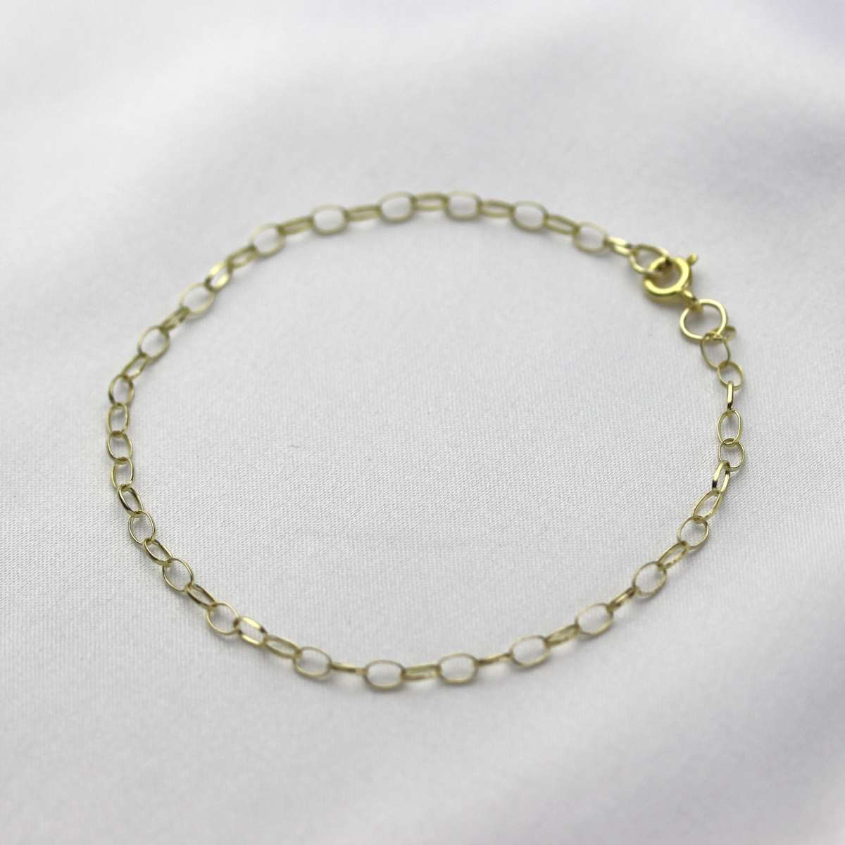 9ct Gold 2.65mm Oval Belcher Charm Bracelet 7.5 Inches
