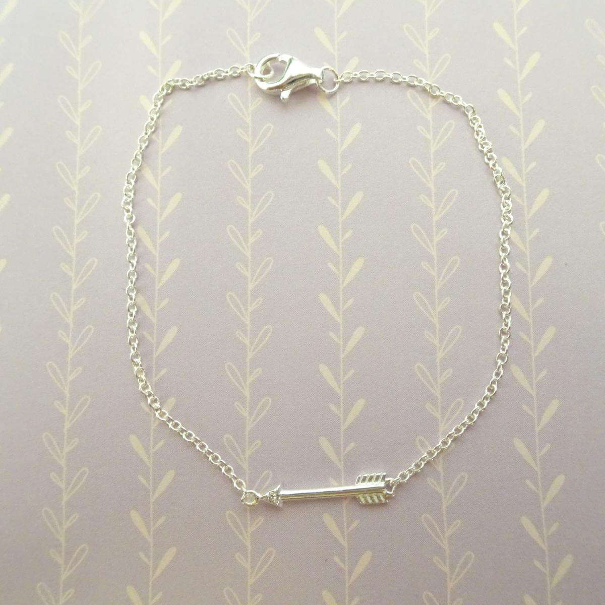 Sterling Silver & Genuine Diamond 7 Inch Arrow Bracelet