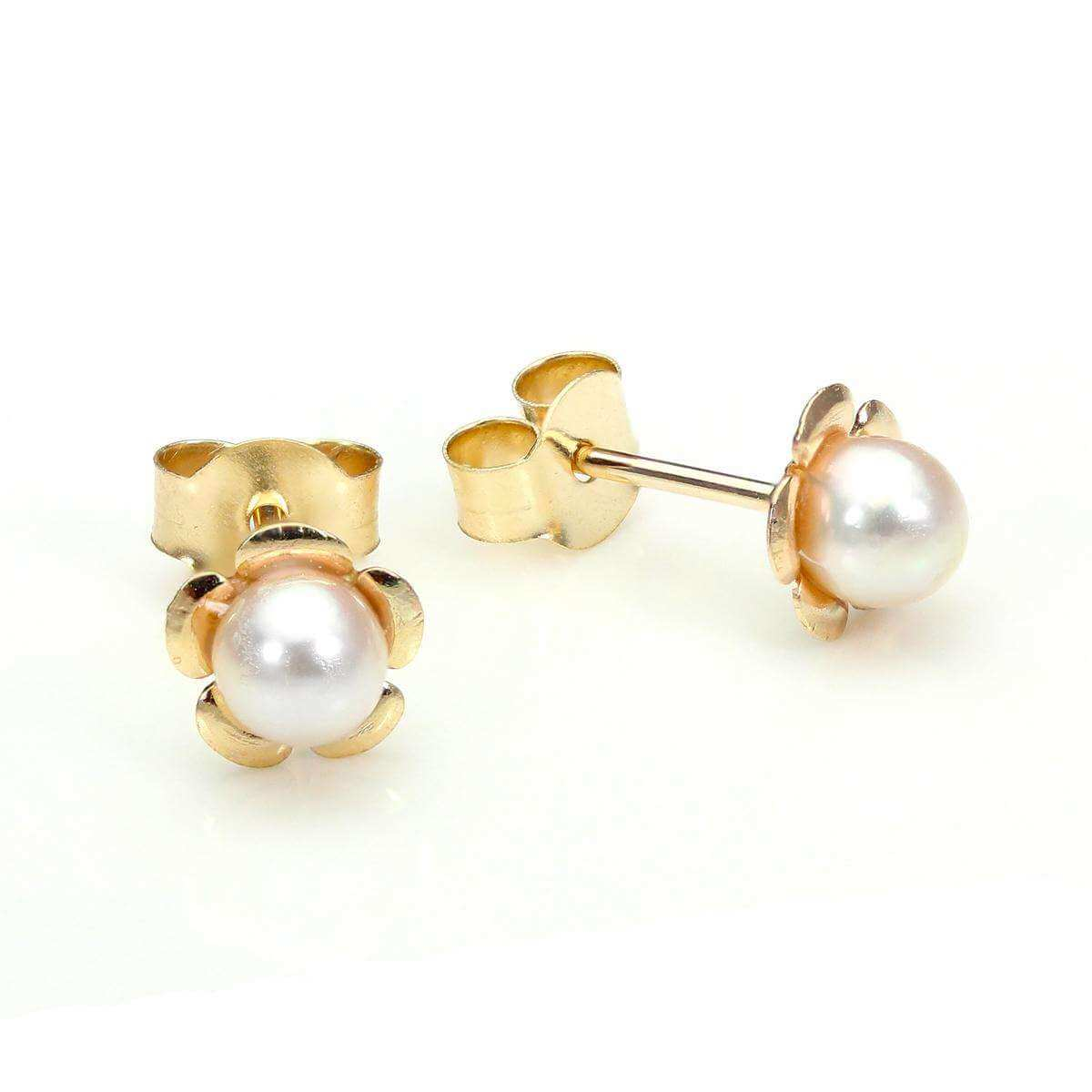 9ct Yellow Gold Pearl Flower Stud Earrings